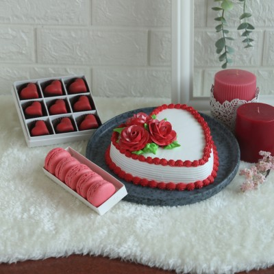 Valentine's day Red and white Heart Shape Cake with box of 5 rose macarons and box of 9 heart shaped pralines
