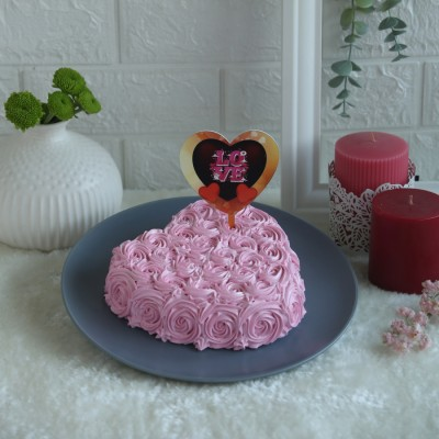 Heart Pink Swirls cake with Pink  Heart shape love topper