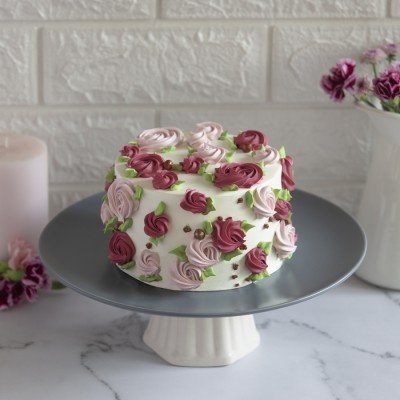 Pink And Red Floral Chocolate Cake 850gms