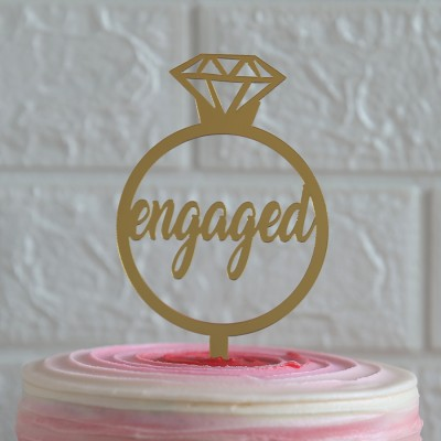 Engaged (golden) topper