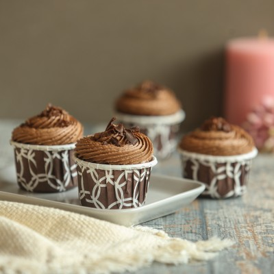 Chocolate cup cakes 4pcs