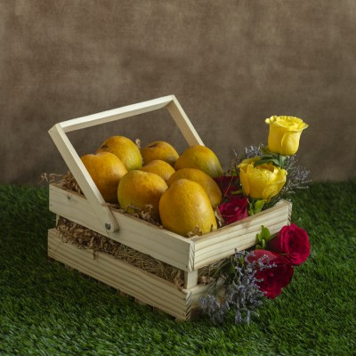 Wooden Basket of  Roses and Mangoes(8pcs)