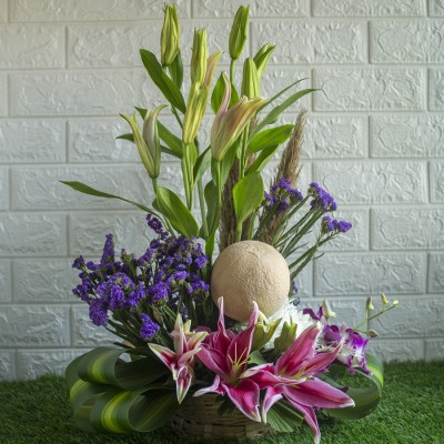 Lilies , Purple Statis and Musk Melon