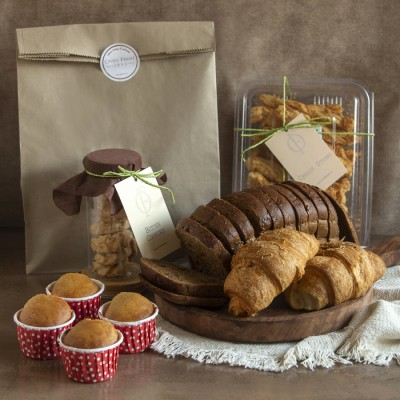 Multigrain Bread, Butter Cookies, Cheese straws, Blueberry Muffins(4pcs),Cheese Croissants(2pcs)