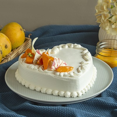 French Cream Mango Heart Shape Cake 500gms