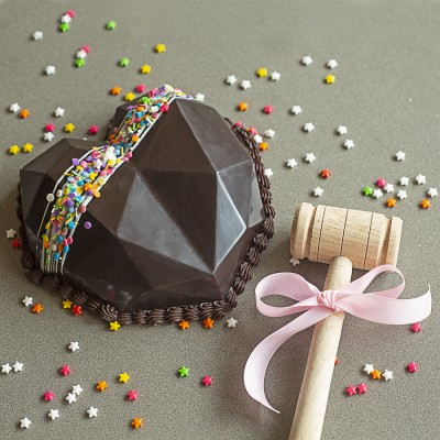 Chocolate Heart Pinata Dutch Truffle  Cake 750gms with Hammer