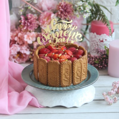 Women's day Strawberry Biscoff Cake 500gms with Happy Women's day Topper