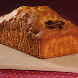Date & Walnut Bar Cake ( contain egg )