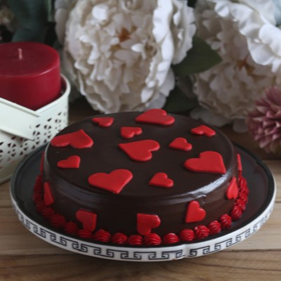 Chocolate dutch truffle love cake